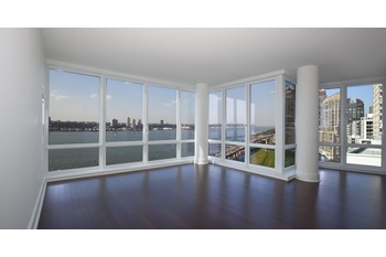 3 Bedrooms 3.5 baths for rent at 60 Riverside Blvd