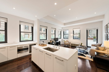 NO FEE: Fidi Penthouse Dream, Massive Outdoor Terraces, One of a Kind Apartment!!